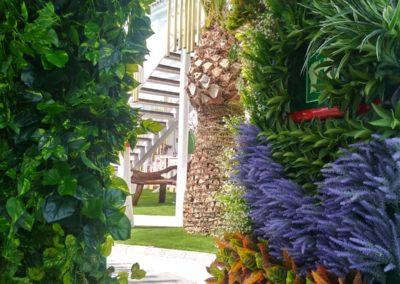 jardín vertical plantas artificiales en Ibiza